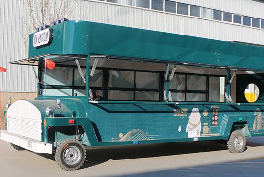 高档巴士餐车
